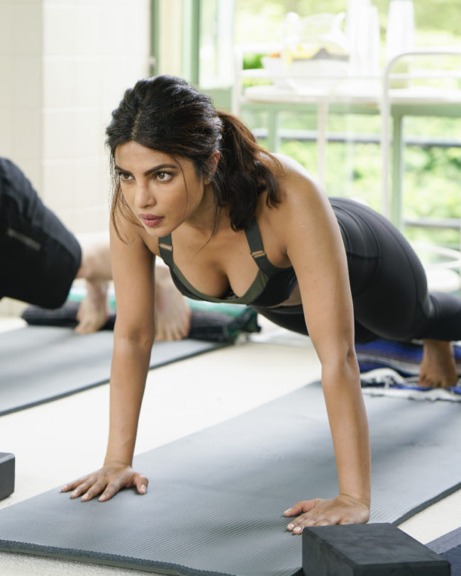"QUANTICO - ""Lipstick"" - The new CIA recruits begin running counter-surveillance exercises at The Farm while Alex and Ryan navigate their new relationship with each other. In the future, Ryan and Raina try to disrupt the terrorists' plan to blend in with hostages while trust becomes a deadly weapon, as not everyone is who they seem to be, on ""Quantico,"" airing SUNDAY, OCTOBER 2 (10:00-11:00 p.m. EDT), on the ABC Television Network. (ABC/Jonathan Wenk) PRIYANKA CHOPRA"