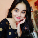 रिया शुक्ला की जीवनी डील-डौल, Age, Height, Weight, Boyfriend, Size – Riya Shukla Biography in Hindi
